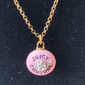 Sweet Juicy Couture cupcake necklace is in EUC!